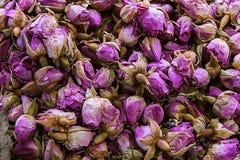 Vendita di varie spezie nel mercato a Costantinopoli Varietà di gusto e di aroma fotografia stock