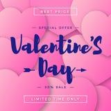 Vendita felice dell'insegna dei biglietti di S. Valentino con il desiderio di tipografia su colore di rosa del fondo dei cuori Immagine Stock