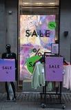 vendita a ribasso di 40% alla memoria messaggi dettaglianta a Copenhaghen immagini stock libere da diritti