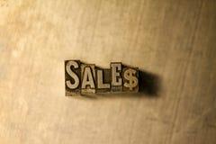 Vendite - segno del testo dello scritto tipografico Immagini Stock Libere da Diritti