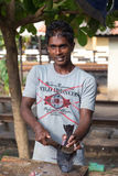 Venditore ambulante locale che vende pesce fotografie stock