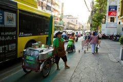 Venditore dell'alimento della via di Bangkok Tailandia Fotografia Stock