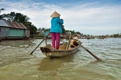 Venditore della barca al mercato di galleggiamento del Mekong Fotografie Stock Libere da Diritti
