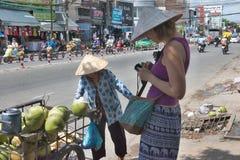 Venditore della noce di cocco Immagine Stock