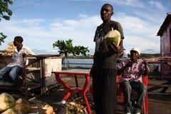 Venditore della noce di cocco mombasa Fotografie Stock Libere da Diritti