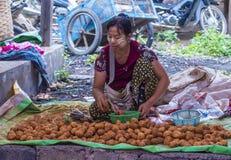 Venditore delle verdure nel Myanmar Fotografie Stock