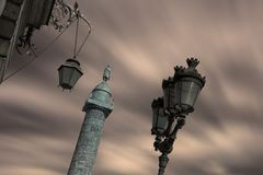 Vendome广场在黄昏的巴黎 图库摄影