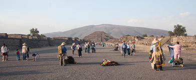 Vendors outside the Teotihuacan pyramids in Mexoco Stock Photo