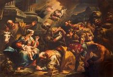 Venecia - adoración de la escena de unos de los reyes magos (1733) por Gaspare Diziani en la iglesia Chiesa di San Stefano Imagenes de archivo