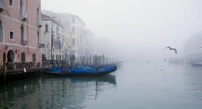 Venecia brumosa Imagen de archivo libre de regalías