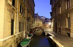 Venecia en la noche Foto de archivo libre de regalías