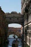 Venecia, puente de suspiros fotografía de archivo