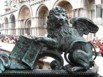 Venecia, San Marco Square El león con alas fotografía de archivo