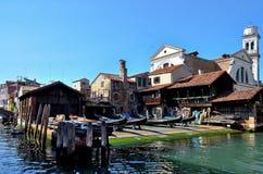 Venecia, taller de las góndolas Imágenes de archivo libres de regalías