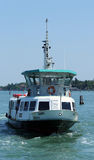 Venecia, VE - Italia 14 de julio de 2015: el autobús del agua llamó Vaporetto Fotos de archivo