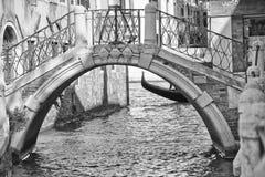 Venedig-Ansicht in Schwarzweiss Lizenzfreie Stockfotografie