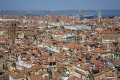 Venedig-Dächer Stockfotos