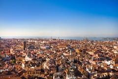 Venedig-Dachspitzen Stockfotos