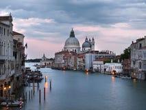 Venedig an der Dämmerung stockbild