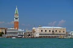 Venedig - eine Ansicht vom Boot Stockbild