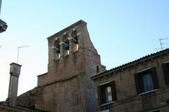 Venedig ett litet klockatorn royaltyfri fotografi