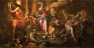 Venedig - Farbe von Jesus Cleanses die Szene des Tempels (Cacciata-dei profanatori Dal-tempio) (1678) in der Kirche Chiesa di San stockfotos