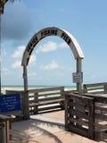 Venedig fiske Pier Sign royaltyfri fotografi