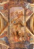 Venedig - freskomålningen av antagandet av jungfruliga Mary i den barockkyrkaSanta Maria deglien Scalzi av Ettore Tito 1929 - 193 Royaltyfri Bild