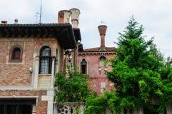 Venedig gammal byggnad Arkivfoton