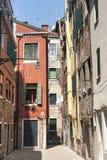 Venedig gammala hus Arkivbild