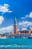 Venedig gränsmärke, sikt från havet av piazza San Marco eller St Mark fyrkant, Campanile och Ducale eller dogeslott Italien Europ Royaltyfri Foto