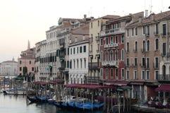 Venedig Grand Canal i morgonen arkivfoto