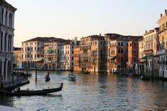 Venedig Grand Canal på solnedgången Arkivbild