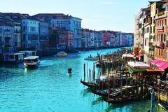 Venedig i färgrika toner arkivbild