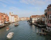 Venedig i Italien och den huvudsakliga vattenvägen som kallas Kanal Stor royaltyfria bilder