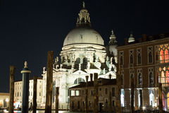 Venedig i natten Royaltyfri Foto