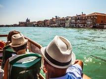 VENEDIG, ITALIEN - 20. AUGUST 2016: Ansicht über das Stadtbild von Grand Canal und von Inseln der venetianischen Lagune am 20. Au Lizenzfreies Stockbild