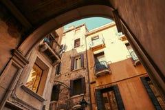 Venedig, Italien - 14. August 2017: die klassische Struktur eines Apartmenthauses in Venedig Stockfoto