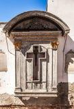 VENEDIG ITALIEN - AUGUSTI 20, 2016: Berömda arkitektoniska monument och religiontecken av den medeltida byggnadsnärbilden för gam Royaltyfria Bilder