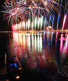 Venedig Italien - fyrverkerier på festivalen av Förlossare Arkivbilder