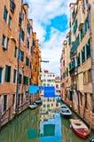 Venedig, Italien - Kanal, Boote und Häuser Lizenzfreies Stockfoto