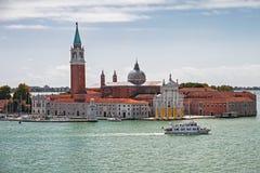 Venedig Italien, kanalhelgon Marcus, domkyrkatorn, sikt för doge`-slott från Grand Canal Royaltyfri Fotografi
