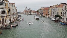 Venedig Italien, Oktober 10, 2015 Grand Canal i Venedig på en hösteftermiddag Arkivfoto