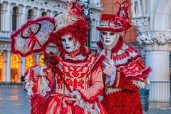 Venedig, Italien Romantische Paare lizenzfreie stockbilder