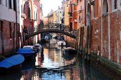 Venedig, Italien - szenische Ansicht des venetianischen Kanals Stockbilder