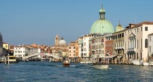 VENEDIG ITALY/EUROPE - OKTOBER 12: Grand Canal i Venedig det Royaltyfri Bild