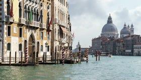 VENEDIG ITALY/EUROPE - OKTOBER 12: Grand Canal Venedig Italien Royaltyfria Bilder
