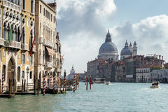 VENEDIG ITALY/EUROPE - OKTOBER 12: Grand Canal Venedig Italien Arkivbild