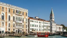 VENEDIG ITALY/EUROPE - OKTOBER 12: Monaco hotell på tusen dollar Ca Royaltyfri Bild