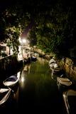 Venedig-Kanal bis zum Nacht Stockbild